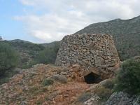 sheperd hut Avlaki gorge