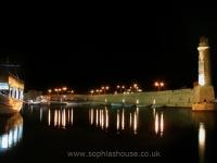 rethymno-lighthouse-night