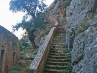 katholiko-monastery_steps